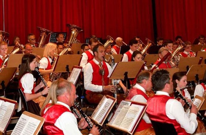 Fortbildung für Kapellmeister und Blasorchester 2019 mit Toni Scholl